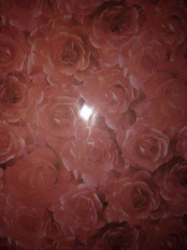 Domborított papír - Piros rózsa mintás
